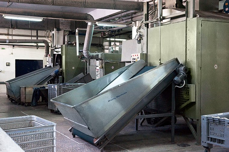 industrial-washing-and-dyeing-fabric
