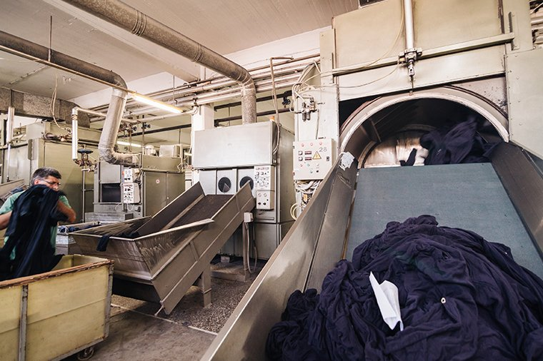 laundry-drying-jeans-industrial-washing-and-dyeing-fabric